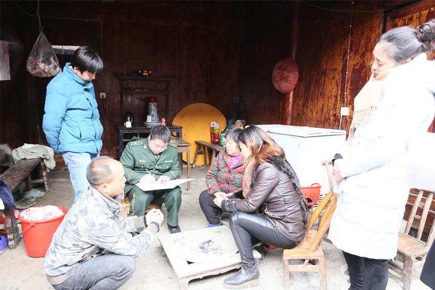 贵州碧江消防知识宣传走进传统村落