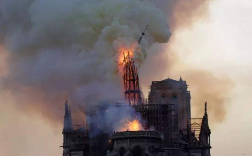 巴黎圣母院火灾敦促我们做好古建筑消防