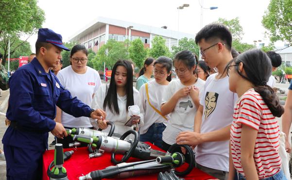 广西桂林:联合广西师范大学开展消防安全演练
