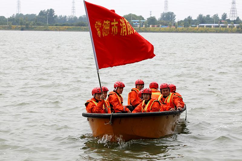 抗洪装备训练4.JPG
